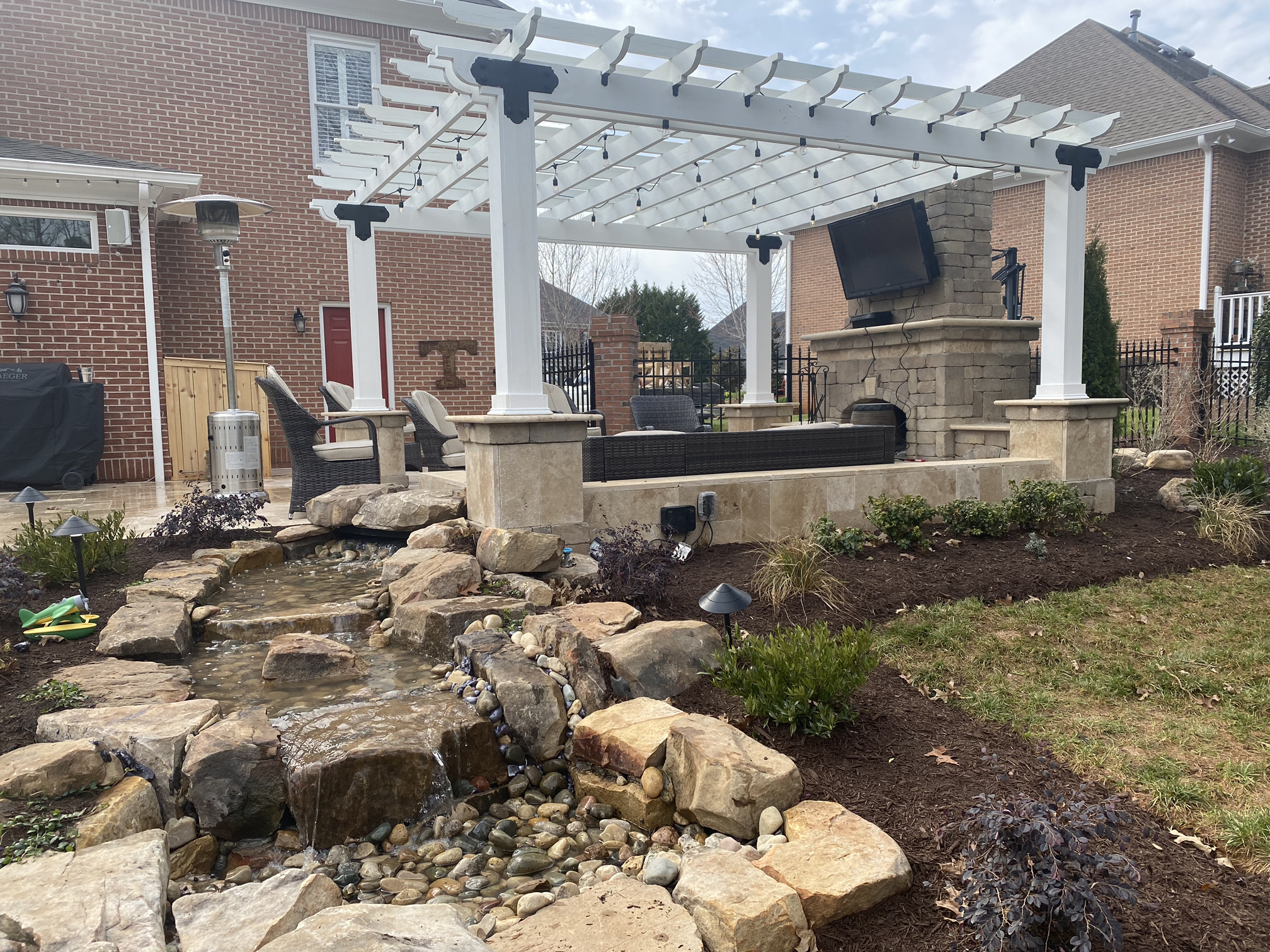 Morales Outdoor Living 1